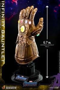 Hot Toys Avengers Endgame 1/4 Scale Infinity Gauntlet