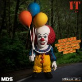 It 1990 Mezco Designer Series Deluxe Pennywise Figure