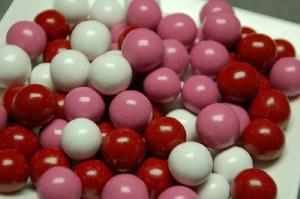 8 oz. Valentine Malt Balls
