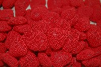 8 oz. Red Raspberry Hearts
