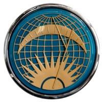 Flat-4 Sun & Moon Horn Button