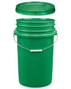 7 Gallon Bucket with Lid