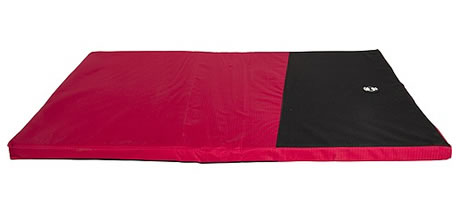 BONE DESIGNS DOG MAT RED & BLACK