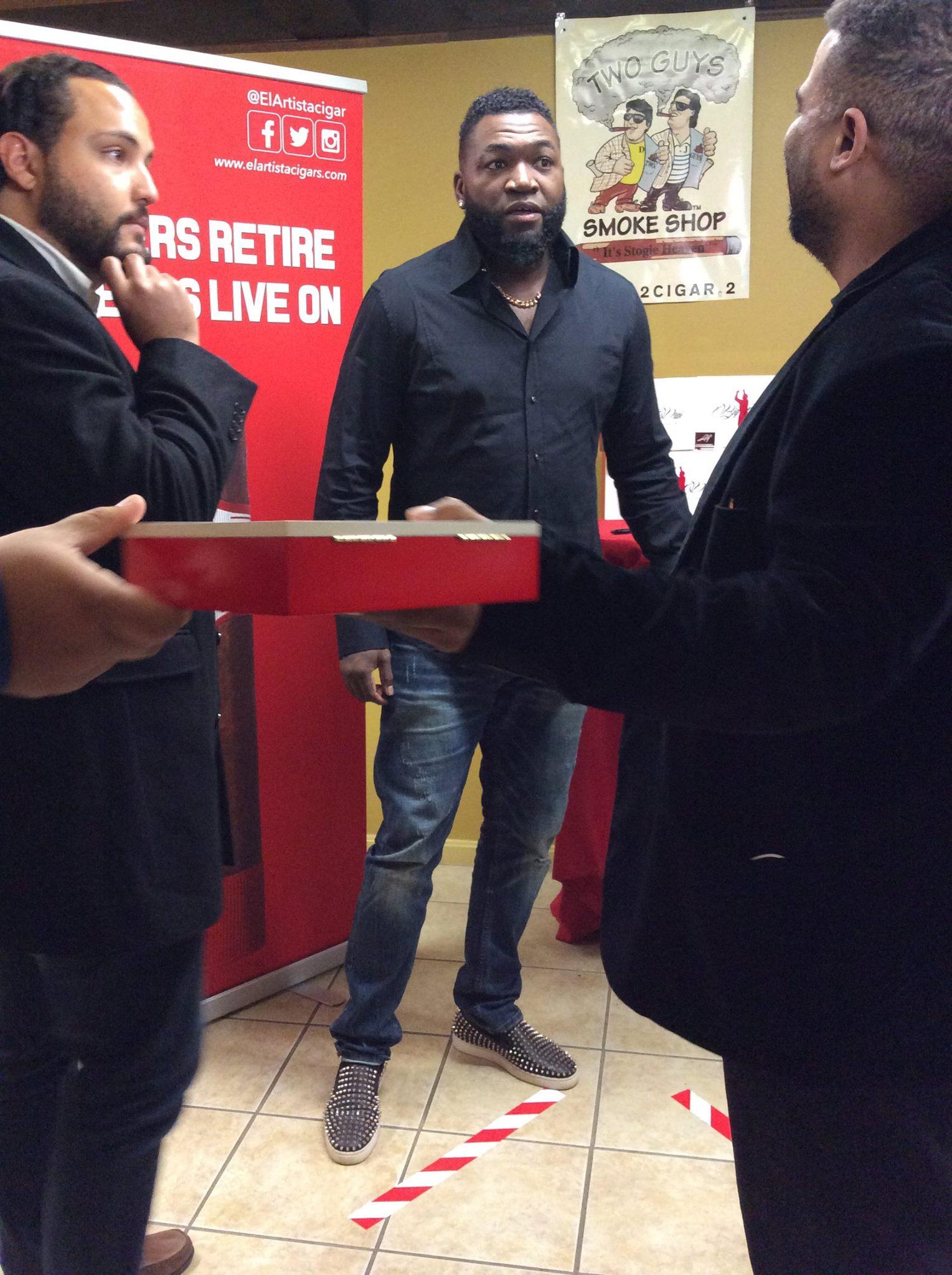 David Ortiz Visits Two Guys Smoke Shop Salem