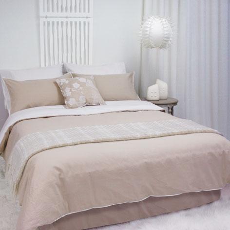 Temple organic cotton linen and ivory bedlinen set