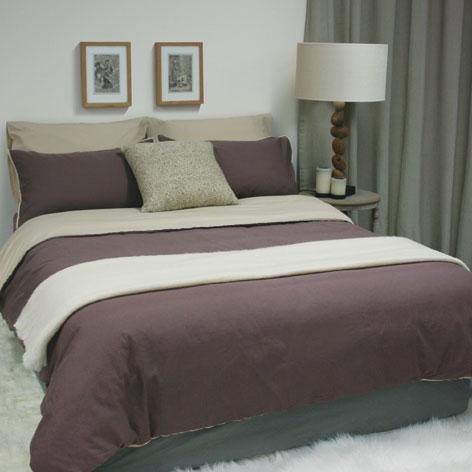 organic cotton bedlinen set in linen and nutmeg