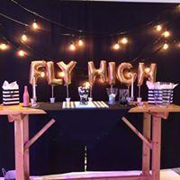 Fly high foil ballons