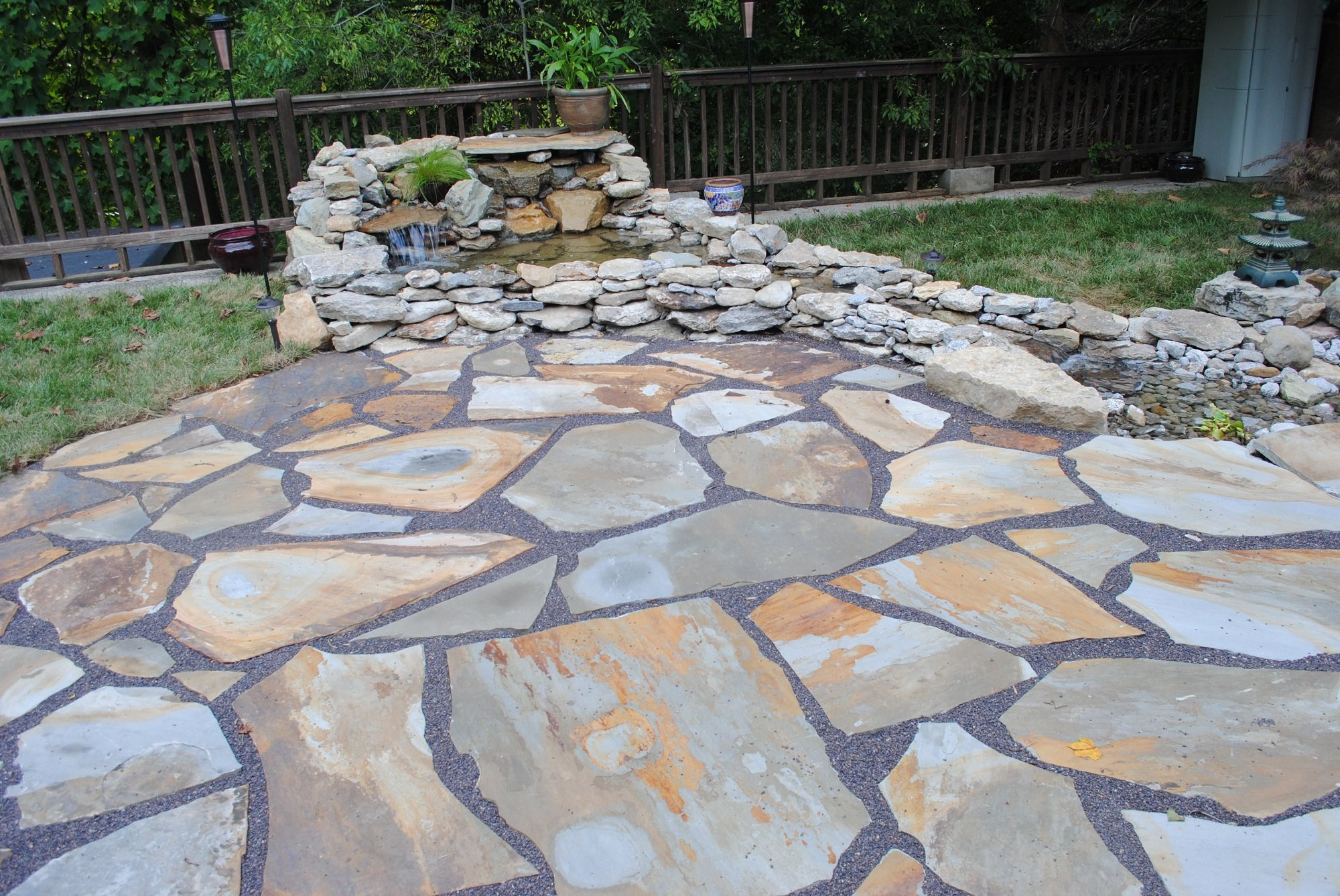 Find The Best Natural Stone For Your Landscaping Project