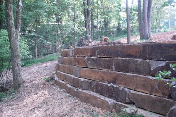 Lakeshore Ledge Rock Retaining Walls