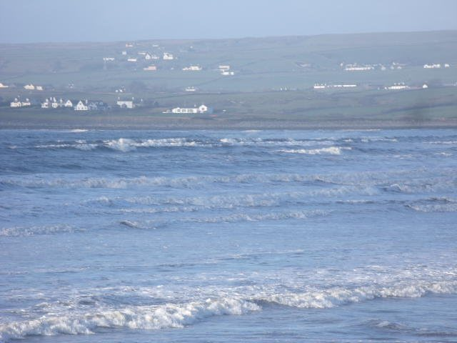 Waves at northern end of Lahinch beach