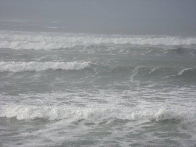Waves at the South end of Lahinch