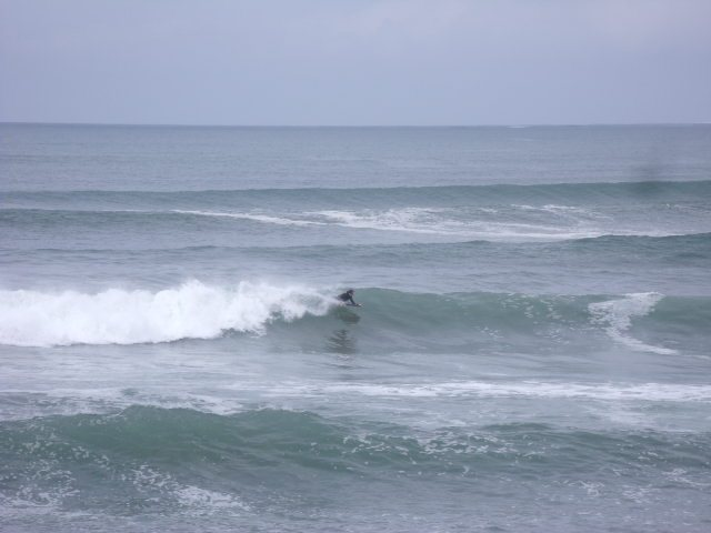 4 to 6 foot clean waves in front of the shop