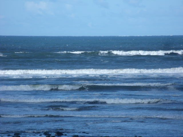 3 foot waves in front of the shop