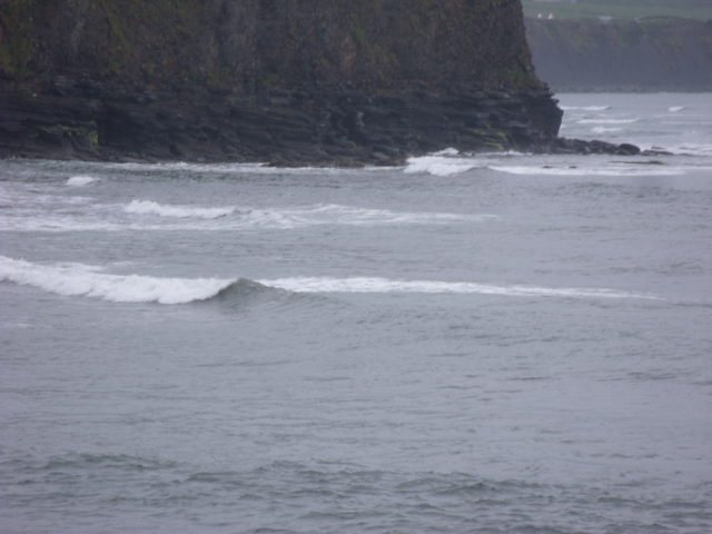 1 foot waves at the southern reefs