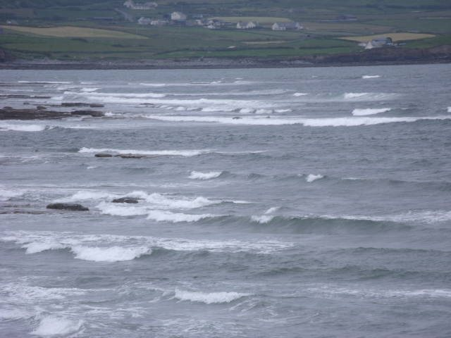 1 foot messy waves on the southern reefs