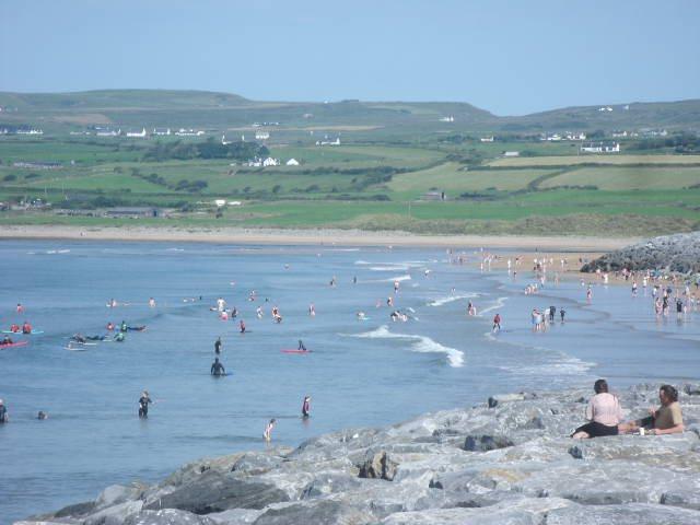 6 inch waves on the main beach