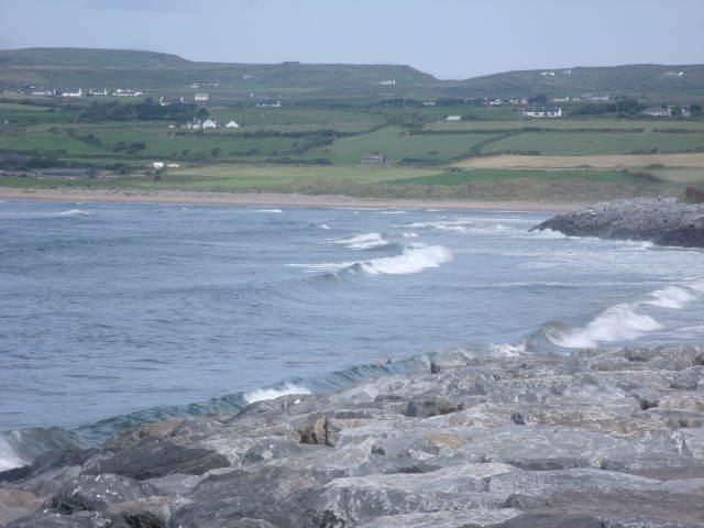 2 foot waves on the main beach