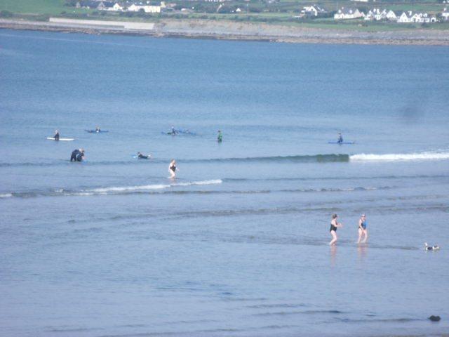 minimal wave on the main beach